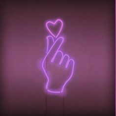 Find images and videos about pink, aesthetic and heart on We Heart It - the app to get lost in what you love. Neon Wallpaper, Tumblr Wallpaper, Screen Wallpaper, Bts Wallpaper, Iphone Wallpaper, Cellphone Wallpaper, Purple Aesthetic, Neon Lighting, Aesthetic Wallpapers