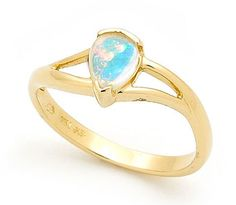 Our new gold opal ring design in our current range.  The Solid Light Opal is sourced from quality opal mines in Coober Pedy, South Australia. Our design team sets the pear shaped Australian Opal into a semi bezel ring in 18k yellow gold which creates a modern look.  Being one of our latest ring developments , this ring is great for day to day wearing or any special occasion. The colour hues will compliment any background colour #opalsaustralia