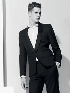 Sandro Casual suit look! Sandro, Casual Suit Look, Costume Smoking, Boy Fashion, Mens Fashion, Fashion Shoot, Style Fashion, James Smith, The Fashionisto