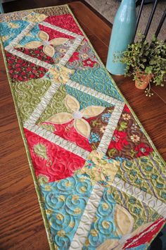 Heather Mulder Peterson's Summer House table runner.