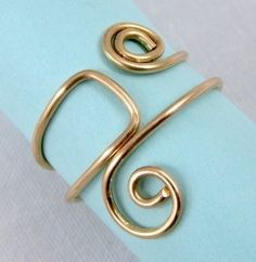 Easy Folded Wire Ring Tutorial — Jewelry Making Journal | Green Oasis Gardens