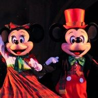 Book Minnie's Holiday Dine At Hollywood & Vine Now