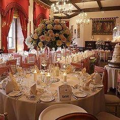 Stunning wedding at @peckfortoncastle by @ianlloydsevents is up on our website! (active link in the bio) #meijerroses #ianlloyd #castlewedding #bridetobe #weddingidea #luxuryroses #weddinginspiration