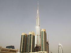 هذه الصورة الرائعة هى لبرج المملكة بجدة مؤكد ان يكون منزلك بهذا البرج ان قمت بالاتصال بشركة معمار العقارية لتحجز به على الرقم 0581638888 , الموقع http://www.meamar.net/