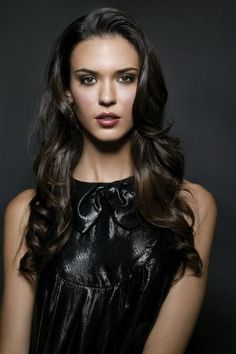 Most popular tags for this image include: odette annable yustman, beautiful, brunette, flawless and Hot Most Beautiful People, Simply Beautiful, Beautiful Women, Brunette Beauty, Hair Beauty, Odette Annable, Most Beautiful Hollywood Actress, Hottest Female Celebrities, Actrices Hollywood