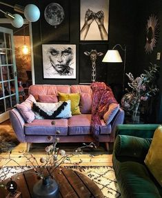 Find out talking about Dark Eclectic Living Room and why you should. - Find out talking about Dark Eclectic Living Room and why you should be concerned 268 Ho - Eclectic Living Room, Eclectic Decor, Living Room Designs, Living Spaces, Eclectic Style, Hippie Living Room, Dark Living Rooms, Eclectic Bedrooms, Eclectic Furniture