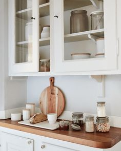 Lovely kitchen styling and accessories.   If you like this, why not head on over to http://www.TheHomeDesignSchool.com/signup  for more modern country design inspiration, plus get FREE access to our home design resource library.