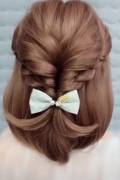 So easy and pretty hair style easy hair style for girls hair style for school hair style long hair style simple hairstyle ideas top 15 einfache indische frisuren fr mhelos jeden tag aussieht Easy Hairstyles For Long Hair, Elegant Hairstyles, Girl Hairstyles, Hairstyle Ideas, School Hairstyles, Simple Hairdos, Indian Hairstyles, Scrunchy Hairstyles, Easy Wedding Hairstyles
