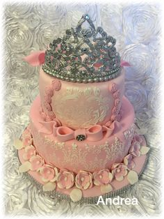 Vintage crown Cake