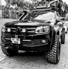 Truck Camping, Jeep Truck, Pickup Trucks, Vw Amarok V6, Mitsubishi Suv, Offroad, Range Rover Off Road, Pick Up 4x4, Car Museum