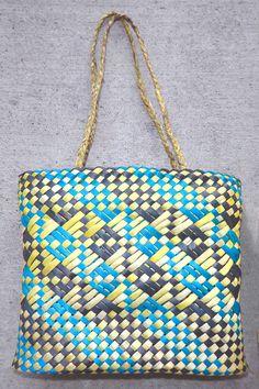 Flax Weaving, Basket Weaving, New Zealand Art, Shoulder Bag, Tote Bag, Gallery, Woven Bags, Crafts, Islands