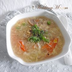 Let's get Wokking!: Seafood Egg Drop Soup 海鲜蛋花汤 | Singapore Food Blog on easy recipes