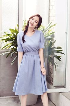 Oh pretty dress Modern Vintage Dress, Vintage Dresses, Casual Summer Outfits For Women, Classy Outfits, Asian Woman, Asian Girl, Chifon Dress, Secretary Outfits, Jung So Min