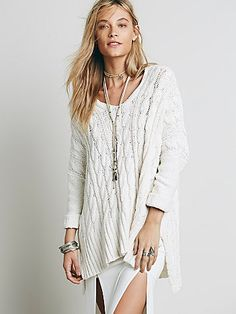 Easy Cable V neck Pullover