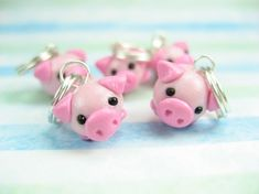OMG. Pigs as STITCH MARKERS!