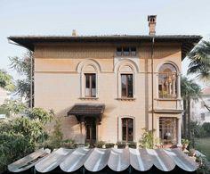 Buzzi studio . Villa Igea . Bled Simone Bossi afasia (5) | a f a s i a Villas, Mansions, Studio, House Styles, Facade Architecture, Home, Language, Metal, Aphasia