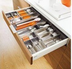 Blum-blum-Austria-imported-stainless-steel-cutlery-box-cutlery-tray-drawer-Blum.jpg (310×297)