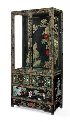 Chinoiserie decorated china cabinet, mid 20th c. *SWOON*