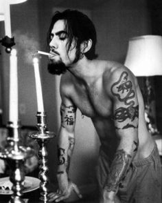 Image about black in Dave Navarro by Adriana Leal Dave Navarro Tattoos, Mark Mahoney, Shamrock Tattoos, Jane's Addiction, Ink Master, Prince Charming, Rock Music, Tattoos For Guys, Sexy Men