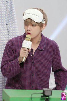 bts, v, and taehyung image Bts Kim, Vlive Bts, Bts Bangtan Boy, Daegu, Seokjin, Hoseok, Namjoon, Jung Kook, K Pop