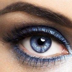 35 idées de make-up pour les yeux bleus - Les Éclaireuses Plus
