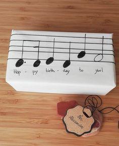 Musical gift packaging – packaging … - Birthday Presents Happy Birthday Gifts, Birthday Presents, Birthday Present Diy, Birthday Celebration, Creative Birthday Gifts, Happy Birthdays, Birthday Gift For Mom, Veterans Day Celebration, Cheap Birthday Gifts