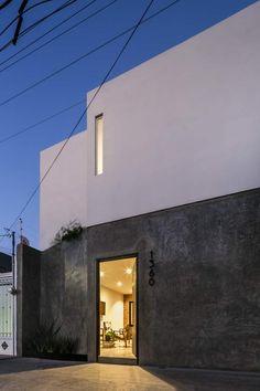 Gallery of Casa FORASTE / TALLER 1+1 - 14