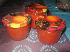 Zelfgemaakte tomatenpuree
