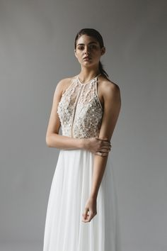 Boho wedding dress style from Sally Eagle Bridal in Wellington, New Zealand. Book ahead an pick up when you Elope to New Zealand #weddungdressideas