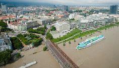SME.sk | Pozrite si letecké zábery povodní v Bratislave a okolí 4. jun 2013