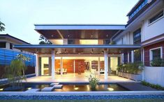 Tropical Beach House Renovation, 28 West Coast Grove by Ong & Ong - Home Design Inspiration Singapore Architecture, Urban Architecture, Commercial Architecture, House Architecture, Singapore House, Magazine Deco, Design Exterior, Boutique Deco, Deco Design