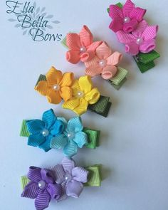 Ivory Lavender Mint flowers and leaves, Satin Headband, Kanzashi flowers. Ribbon Hair Clips, Ribbon Art, Diy Ribbon, Ribbon Crafts, Ribbon Bows, Ribbons, Kids Hair Bows, Dog Hair Bows, Flower Hair Bows