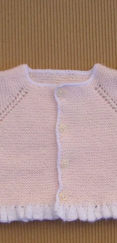 This post was discovered by Ol Baby Knitting Patterns, Baby Knitting Free, Knitting For Kids, Baby Patterns, Pullover Design, Sweater Design, Cardigan Bebe, Baby Cardigan, Tricot Baby