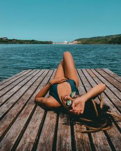 I prefer to cook, my husband and I collect wine, and in my head, I am often on island, walking the beach listening to the song of the ocean. Best Photo Poses, Poses For Photos, Picture Poses, Cool Photos, Pool Poses, Beach Poses, Cute Beach Pictures, Vacation Pictures, Pool Photography