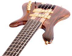 ELE Custom Basses | Flytrap 5 strings