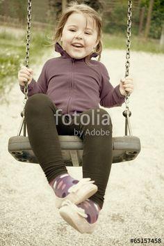 """Laden Sie das lizenzfreie Foto """"Und runter"""" von Photocreatief zum günstigen Preis auf Fotolia.com herunter. Stöbern Sie in unserer Bilddatenbank und finden Sie schnell das perfekte Stockfoto für Ihr Marketing-Projekt!"""