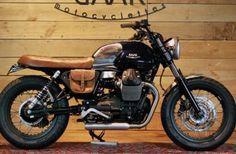 Moto Guzzi V7 Roadster de BAAK Motocyclettes