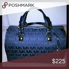 Michael Kors Large Black Grayson Jaquard material in black with silver hardware. This is a brand new bag with tags attached, this is the largest size grayson. Has crossbody strap. Michael Kors Bags Satchels