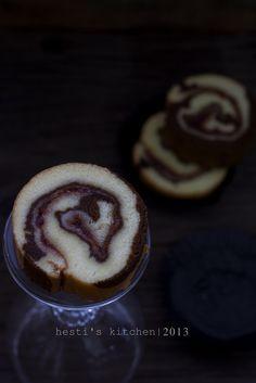 HESTI'S KITCHEN : yummy for your tummy: Zebra Roll Cake