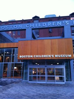 One of the top children's museums in the country, BCM was a pioneer in interactive exhibitions and experiential learning. With hands-on exhibits on the environment, space exploration and art, kids won't even realize they're learning!