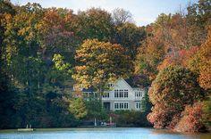 Lakeside cottage retreat on Chesapeake Bay