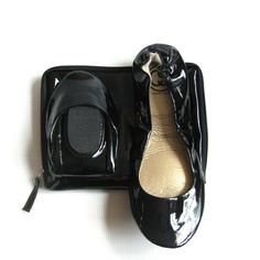 Another smart shoe: foldable flats in #black