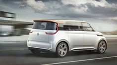 Концепт электрического минивэна Volkswagen Budd-e / Фольксваген Будд-е – вид сбоку