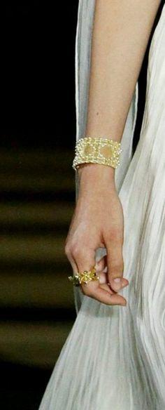 Miss Dior, Bracelets, Gold, Jewelry, Fashion, Moda, Jewlery, Jewerly, Fashion Styles