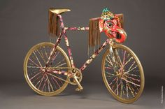 Be Cycle & Fashion. 12 Designers Customize Bikes For Charity. (Gabriella Cortez)