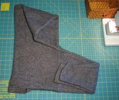 HOODIE SCARF IN 5 MINUTES FROM AN OLD SWEATER More für übergroßen Sweater von Claudia C