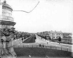 Monument Ave, ca 1910 (that is so amazing! Grace Park, Virginia History, Confederate States Of America, Richmond Virginia, History Teachers, City Streets, Commonwealth, Historical Photos, Monuments