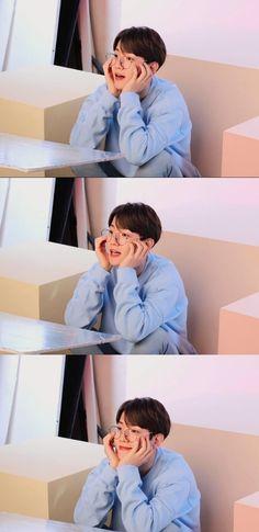 Baekhyun, Exo Lockscreen, First Love, My Love, Group Pictures, Chanbaek, Kpop Boy, Pretty Boys, Cute Wallpapers
