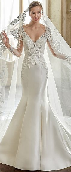 Gorgeous Tulle & Satin V-Neck Mermaid Wedding Dresses With Beaded Lace Appliques