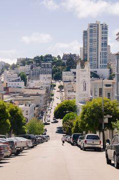 A random street in San Francisco, how utterly beautiful it is...